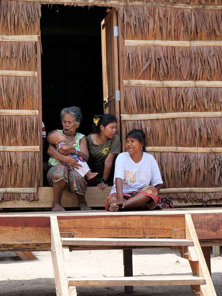 Moken Villagers return to their new homes